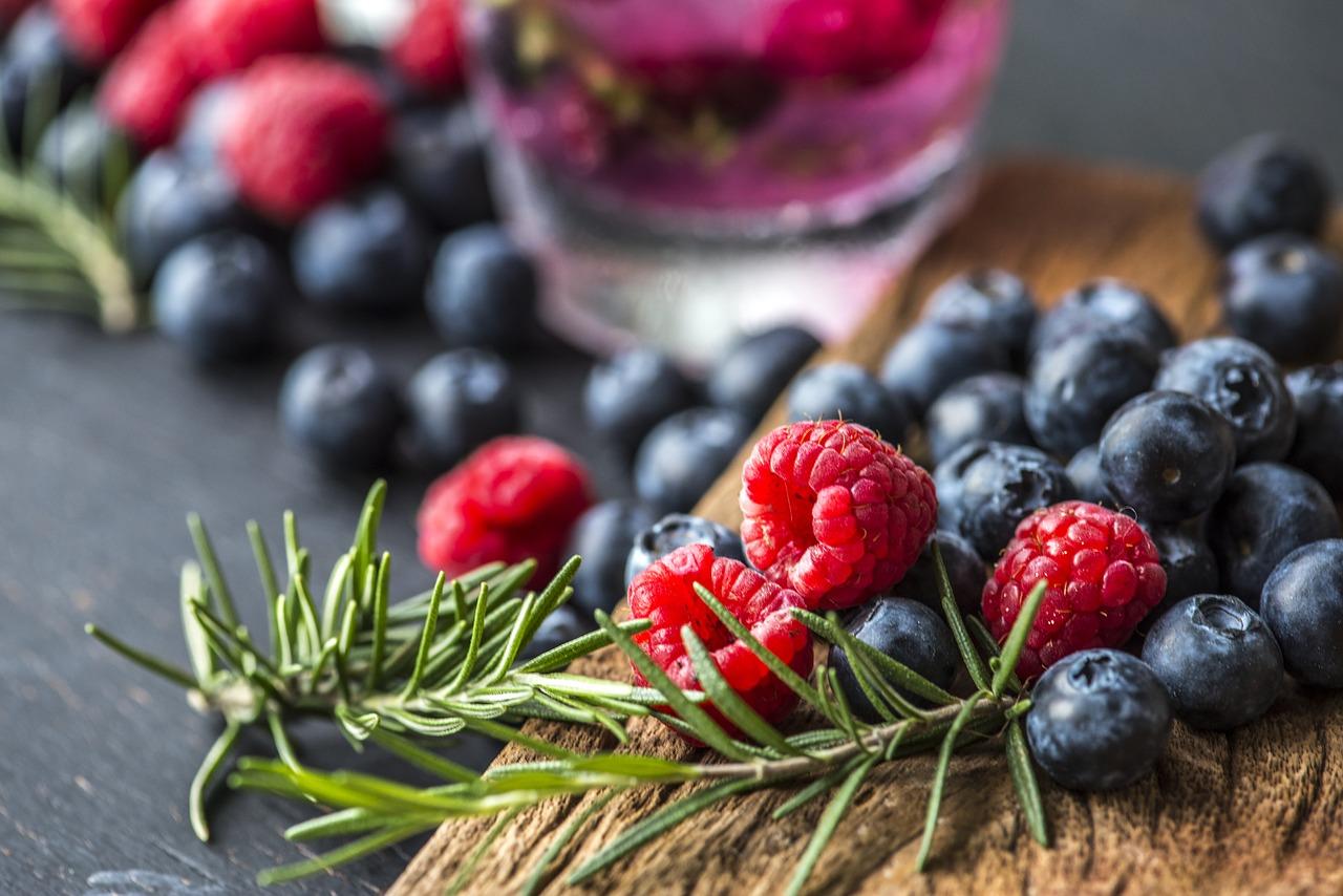 Die 27 besten Antioxidantien gegen Haarausfall: Neueste Studien!