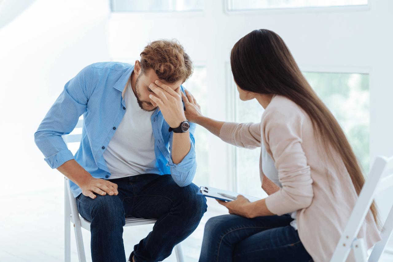 eine therapie kann bei stress bedingtem haarausfall helfen